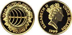 Монета Островов Кука с солнечным затмением